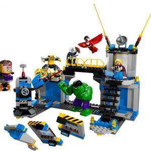 Lego Super Heroes 76018 Hulk ja Hajotettu Labra