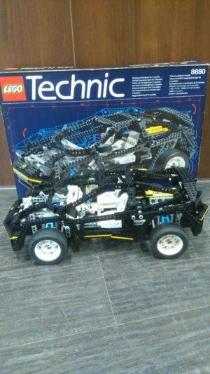 Lego Technic 8880 Super Car – Käytetty