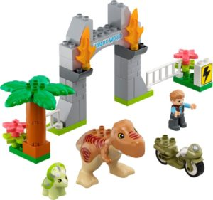 Lego Duplo 10939 Tyrannosaurus Rexin ja Triceratops -Dinosauruksen Pako